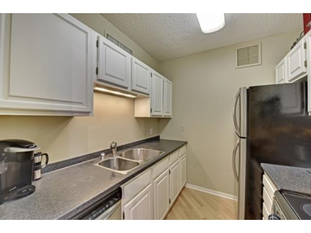 Rental Homes for Rent, ListingId:34360016, location: 1225 Lasalle Avenue Minneapolis 55403
