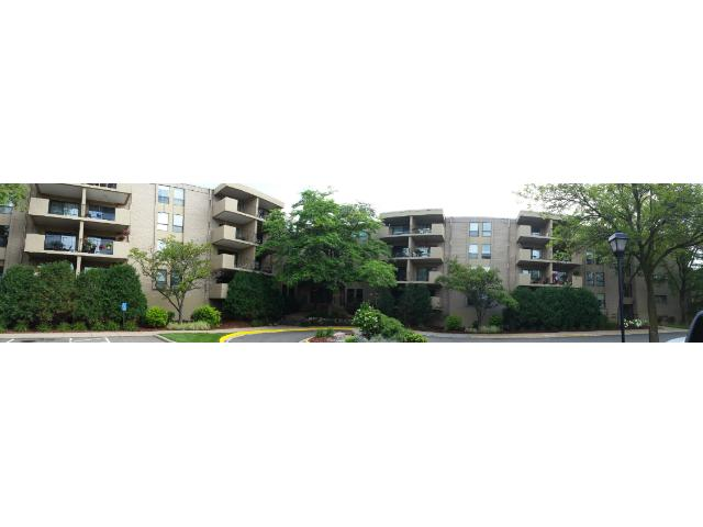 Rental Homes for Rent, ListingId:34510845, location: 6670 Vernon Avenue S Edina 55436