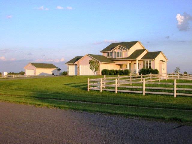 Real Estate for Sale, ListingId: 34663678, Nowthen,MN55330
