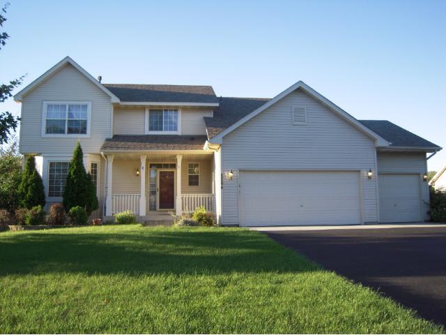 Rental Homes for Rent, ListingId:35079624, location: 8264 Russel Avenue Woodbury 55125