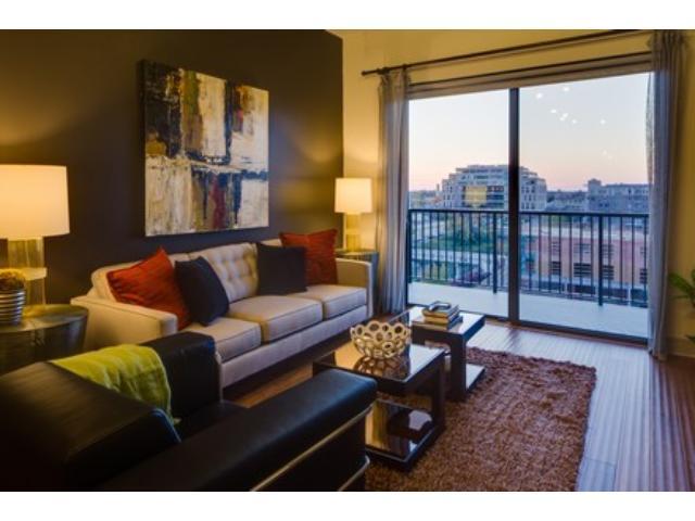Rental Homes for Rent, ListingId:35116708, location: 2837 Dupont Avenue S Minneapolis 55408