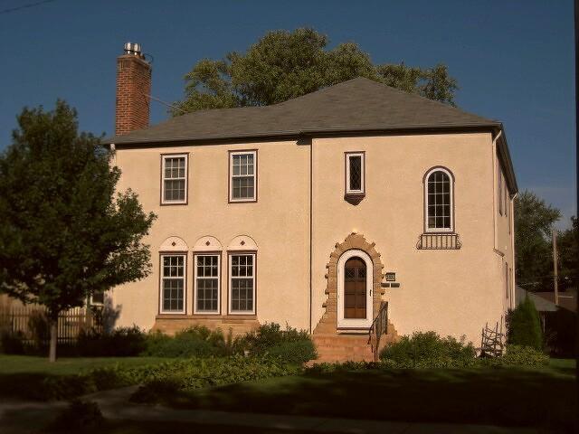 Real Estate for Sale, ListingId: 35379890, Minneapolis,MN55417