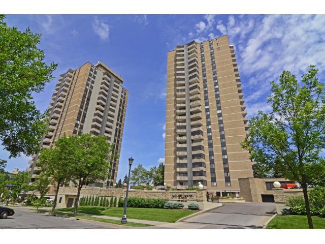 Rental Homes for Rent, ListingId:35771661, location: 400 Groveland Avenue Minneapolis 55403