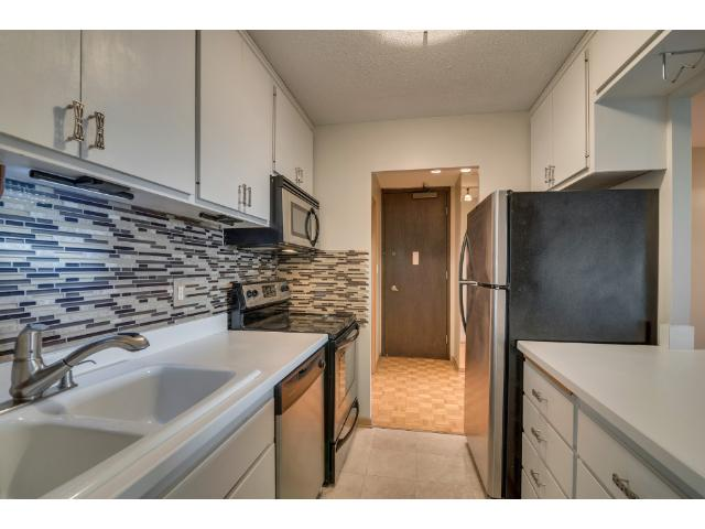 Rental Homes for Rent, ListingId:35771661, location: 400 Groveland Avenue Minneapolis 55403