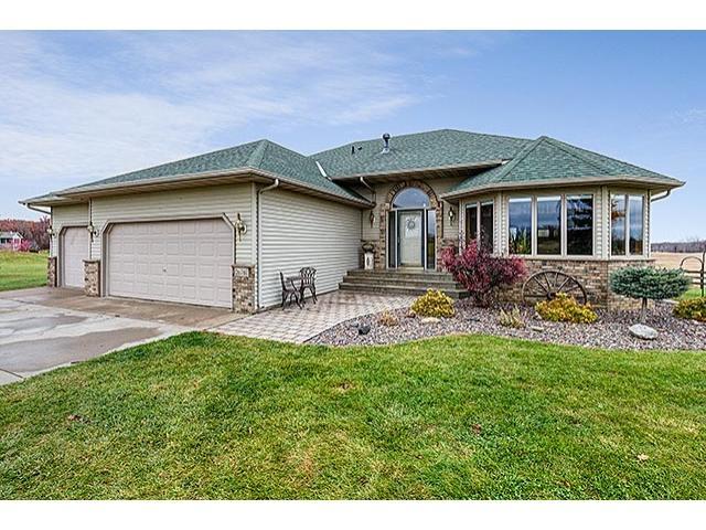 Real Estate for Sale, ListingId: 36085622, Lindstrom,MN55045