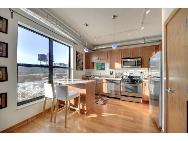 Rental Homes for Rent, ListingId:36403305, location: 15 E Franklin Avenue Minneapolis 55404