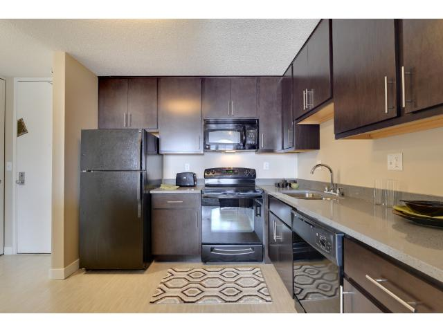 Rental Homes for Rent, ListingId:36871531, location: 1117 Marquette Avenue S Minneapolis 55403
