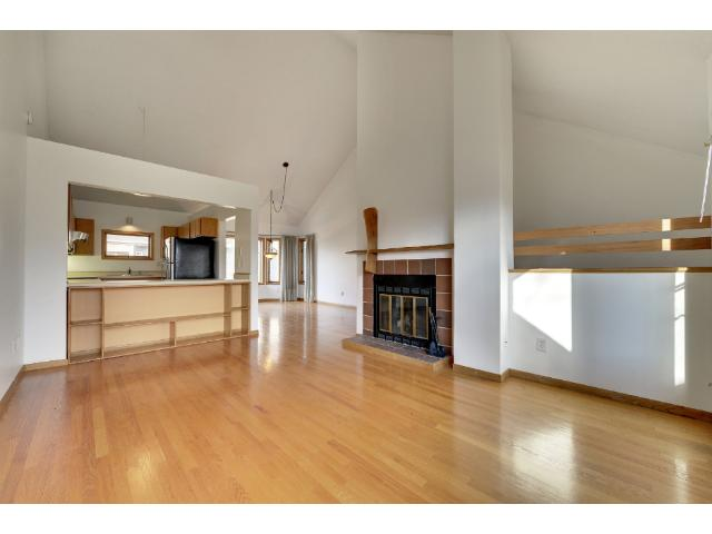 Rental Homes for Rent, ListingId:37103737, location: 2858 Kenwood Isles Drive Minneapolis 55408