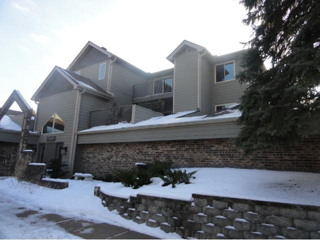 2160 Ridge Drive 33, Linden Hills in Hennepin County, MN 55416 Home for Sale