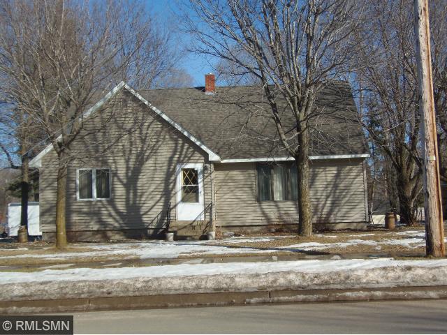 228 3rd St N, Long Prairie, MN 56347