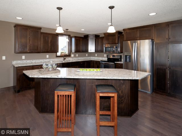29268 Scenic Dr, Chisago City, MN 55013