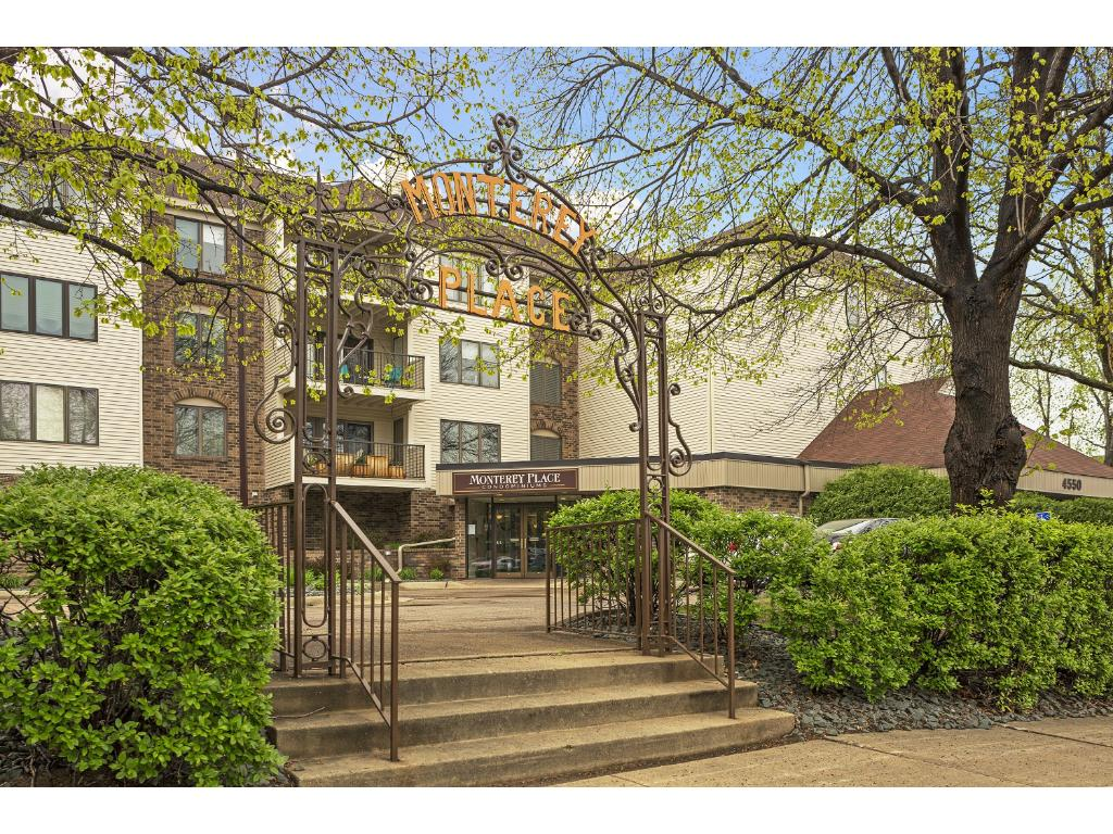 4550 Minnetonka Boulevard 107, Linden Hills in Hennepin County, MN 55416 Home for Sale