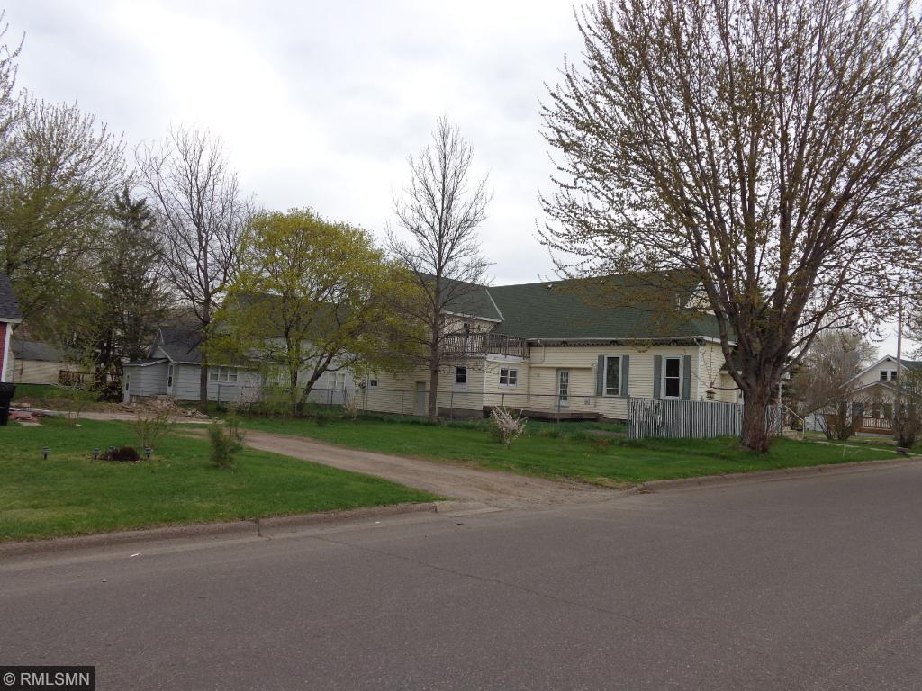 Photo of 325 S Frandsen Avenue  Rush City  MN