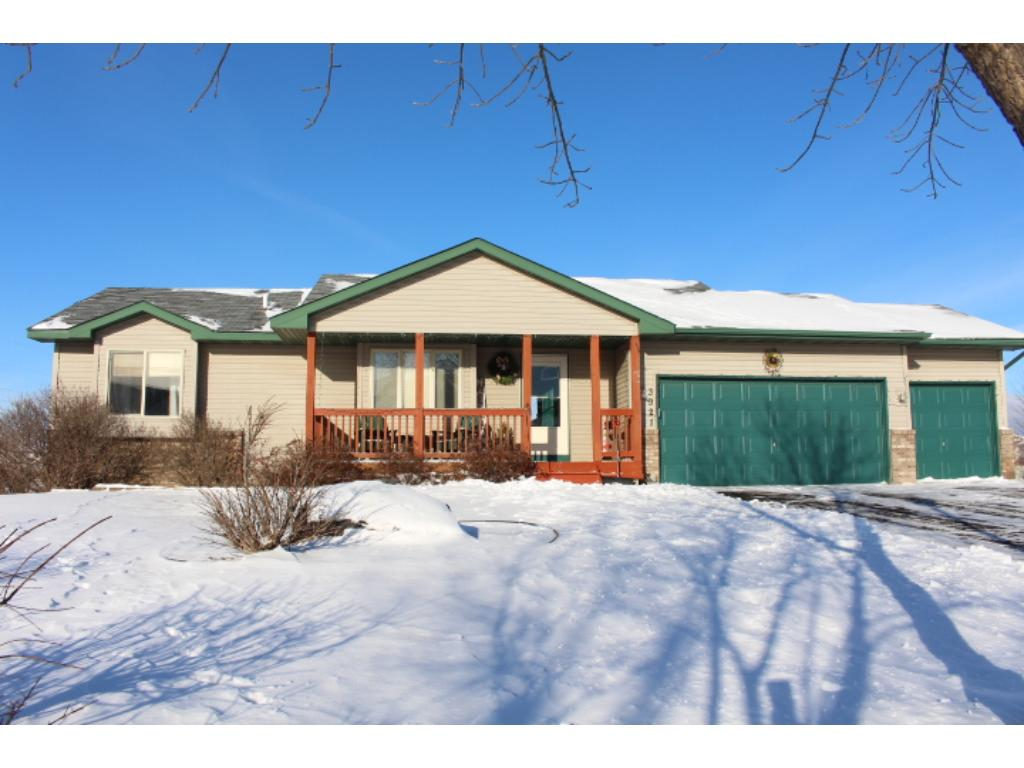 Photo of 3921 Windemere Court  Monticello  MN