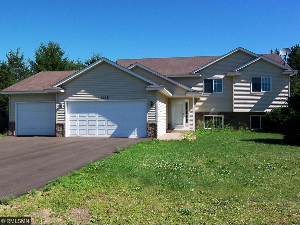 37081 Little Oak Ln, North Branch, MN 55056