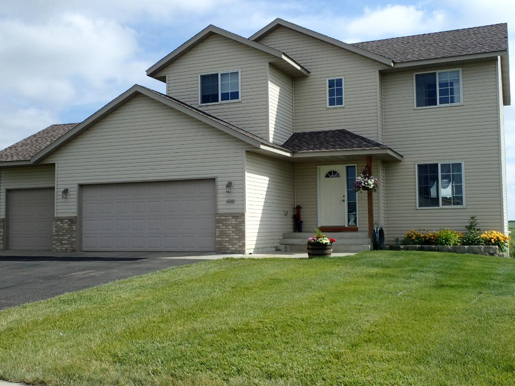 Photo of 1010 Forest City Boulevard NW  Maple Lake  MN