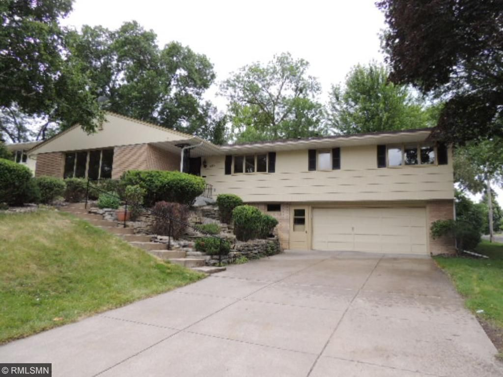 Photo of 5329 Birchcrest Drive  Edina  MN