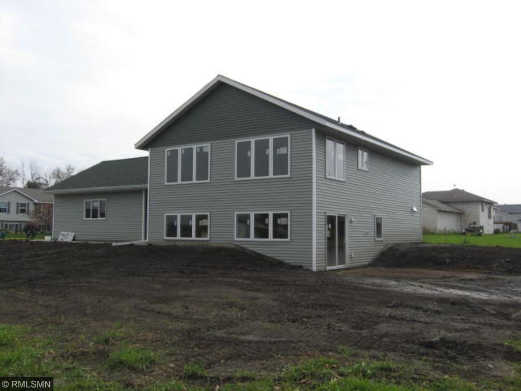 220 Gloria Ave, Green Isle, MN 55338