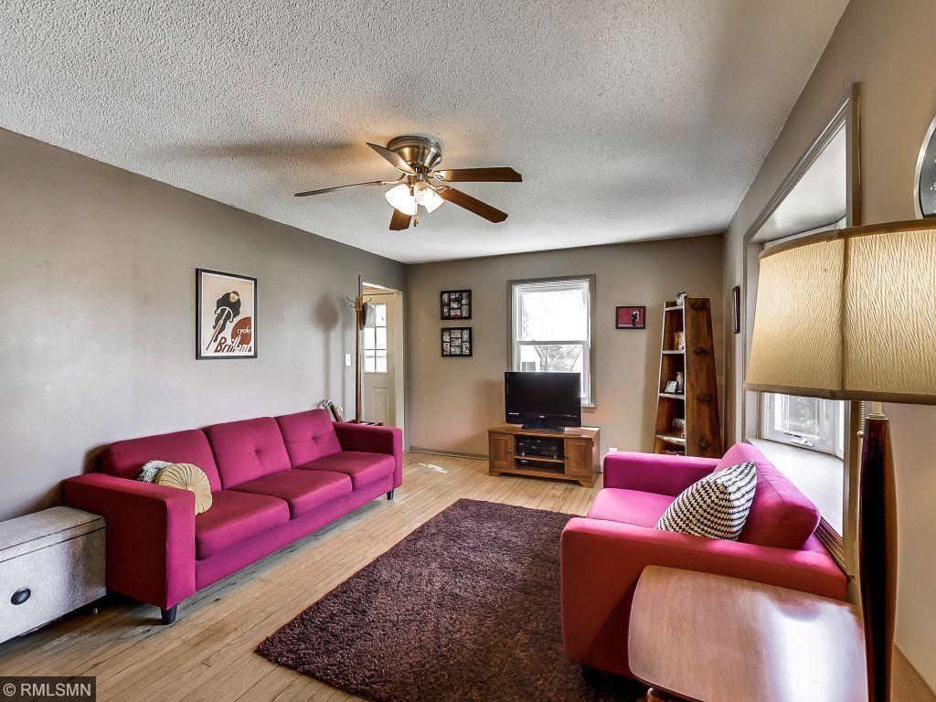 938 Lincoln Ave, Saint Paul Park, MN 55071
