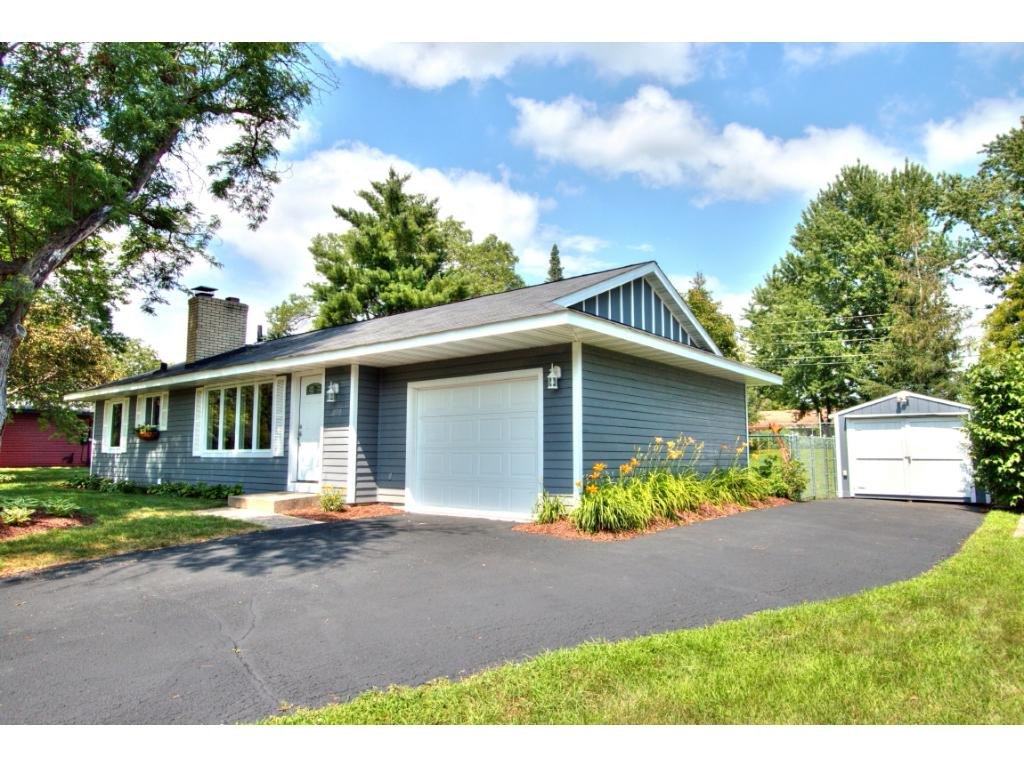 873 Cortland Drive Apple Valley, MN 55124