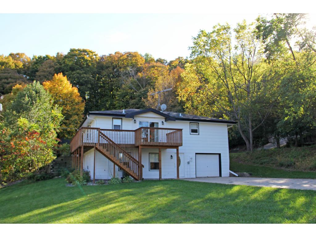 422 Mill St E, Cannon Falls, MN 55009