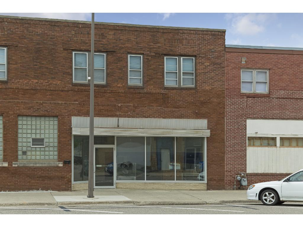 primary photo for 18 /24 E 2nd Street, Litchfield, MN 55355, US