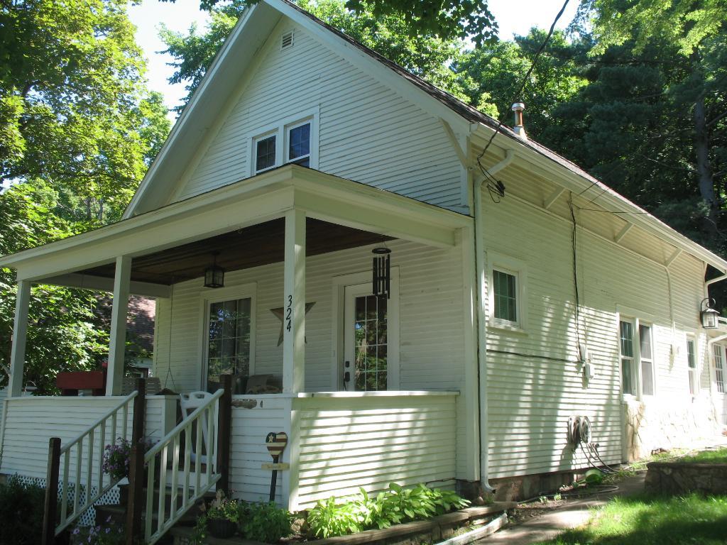 Photo of 324 S Adams Street  Saint Croix Falls  WI