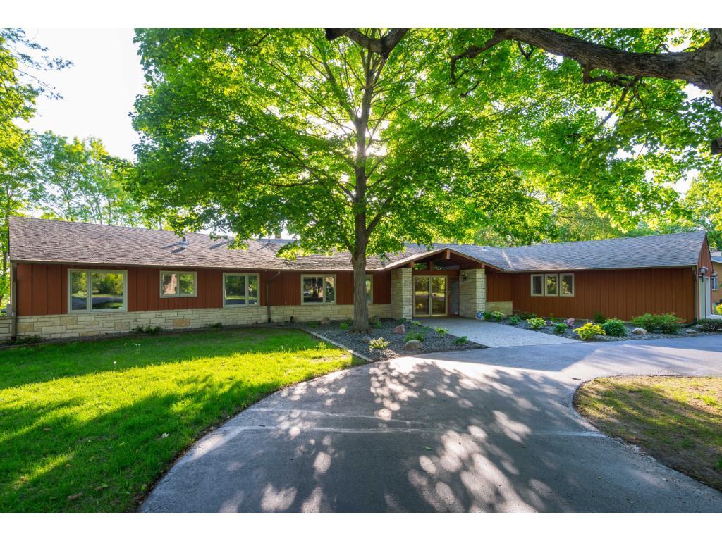 28300 Maple Ridge Rd, Chisago City, MN 55013