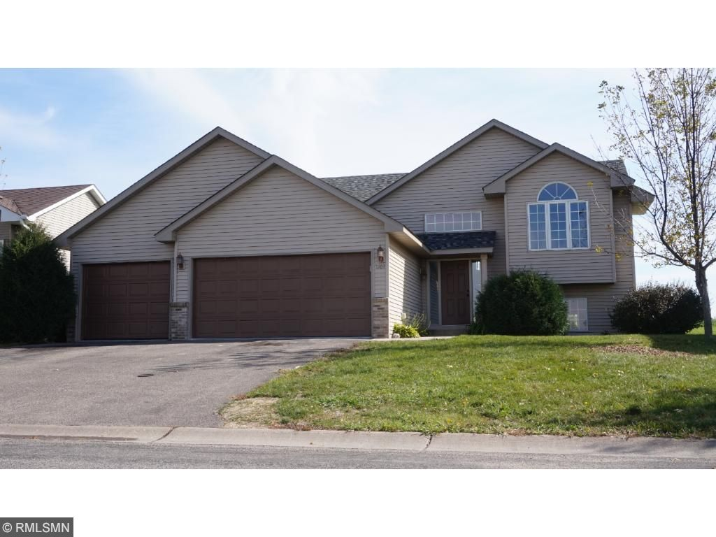 Photo of 1103 NW North Ridge Drive  Montgomery  MN