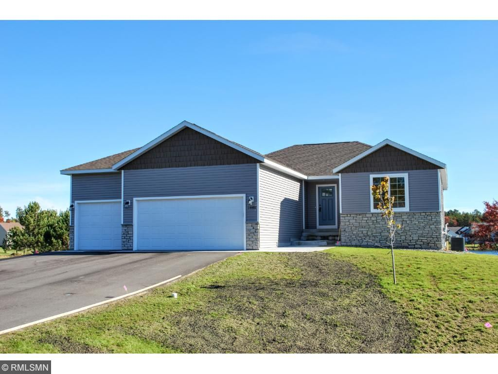 14492 Grand Oaks Drive, Baxter, Minnesota