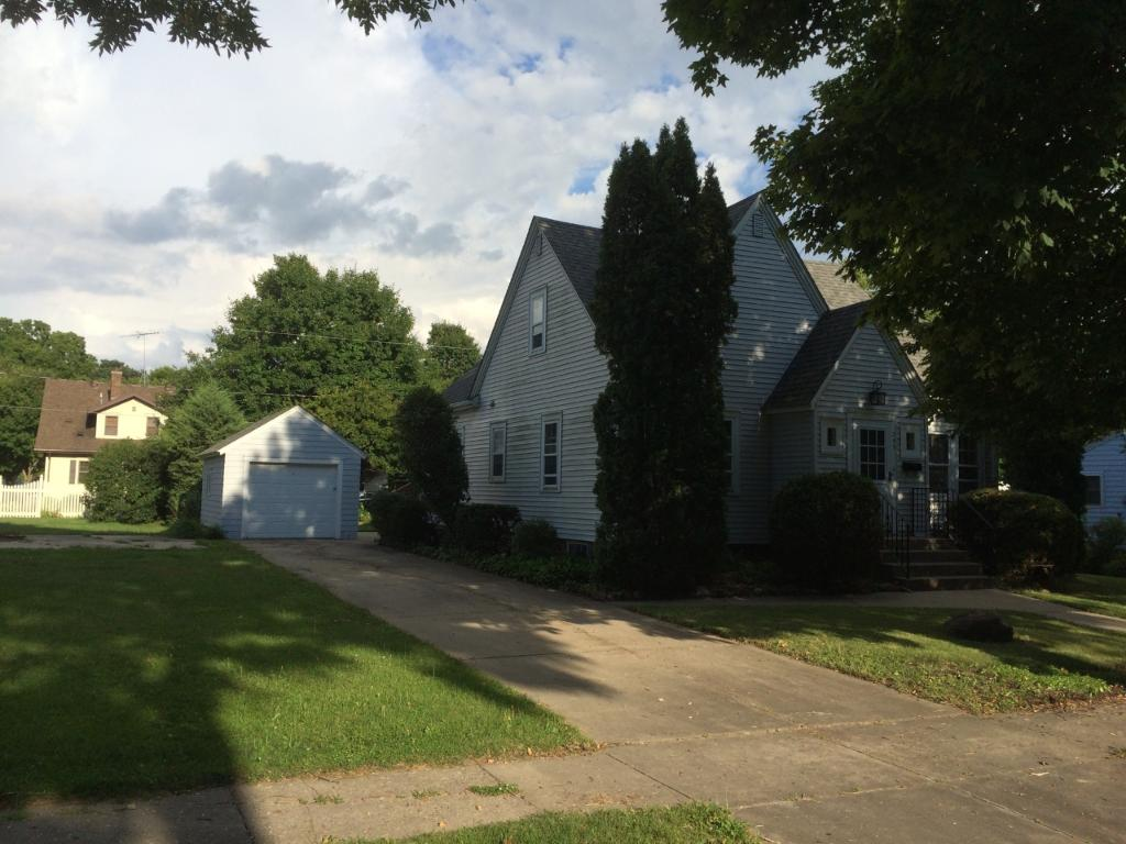 Photo of 255 N Waterville Avenue  Le Center  MN