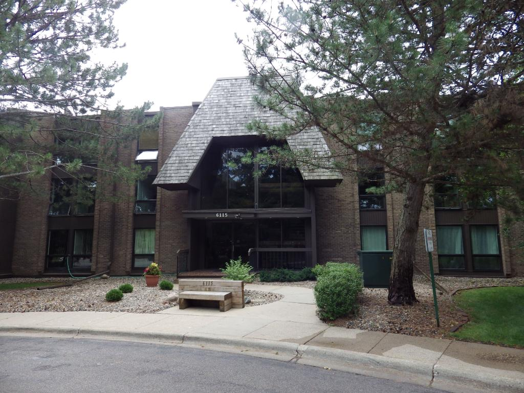 Photo of 6115 Lincoln Drive  Edina  MN