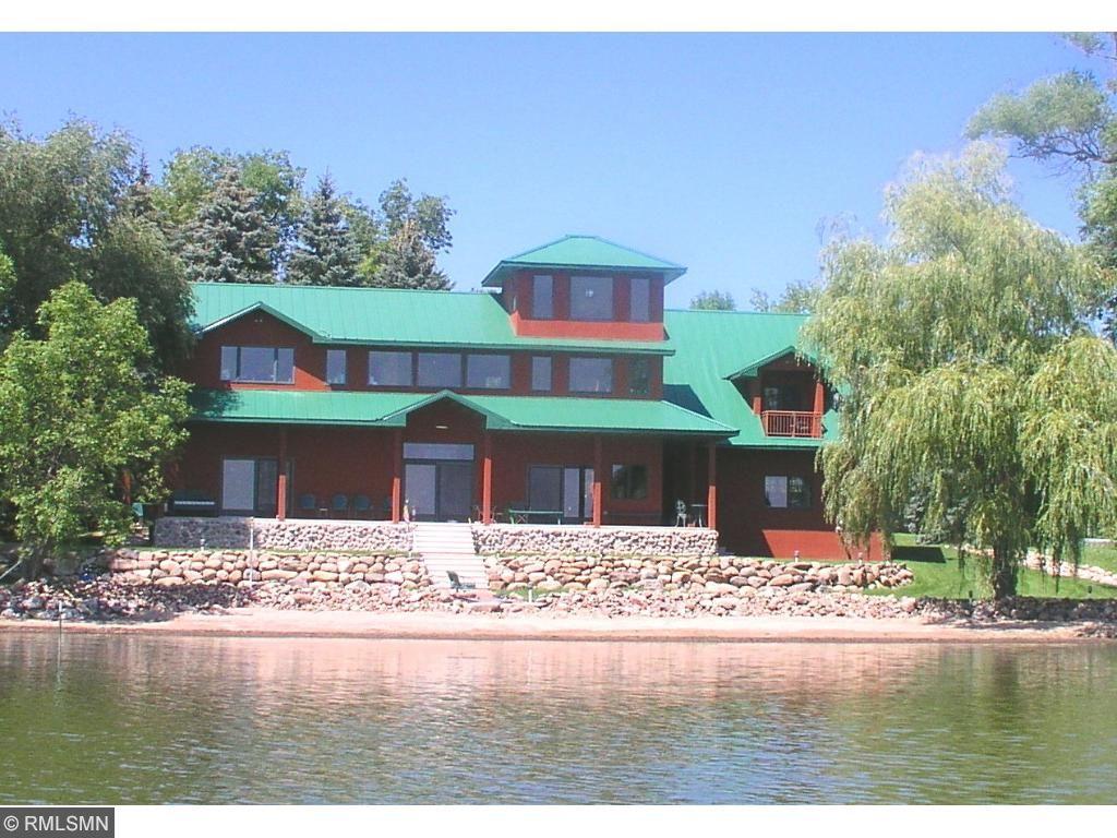 7995 80th St SW, Howard Lake, MN 55349
