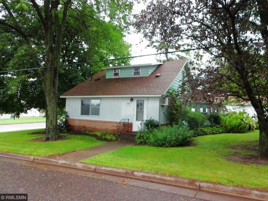 230 E Chippewa St, Cadott, WI 54727