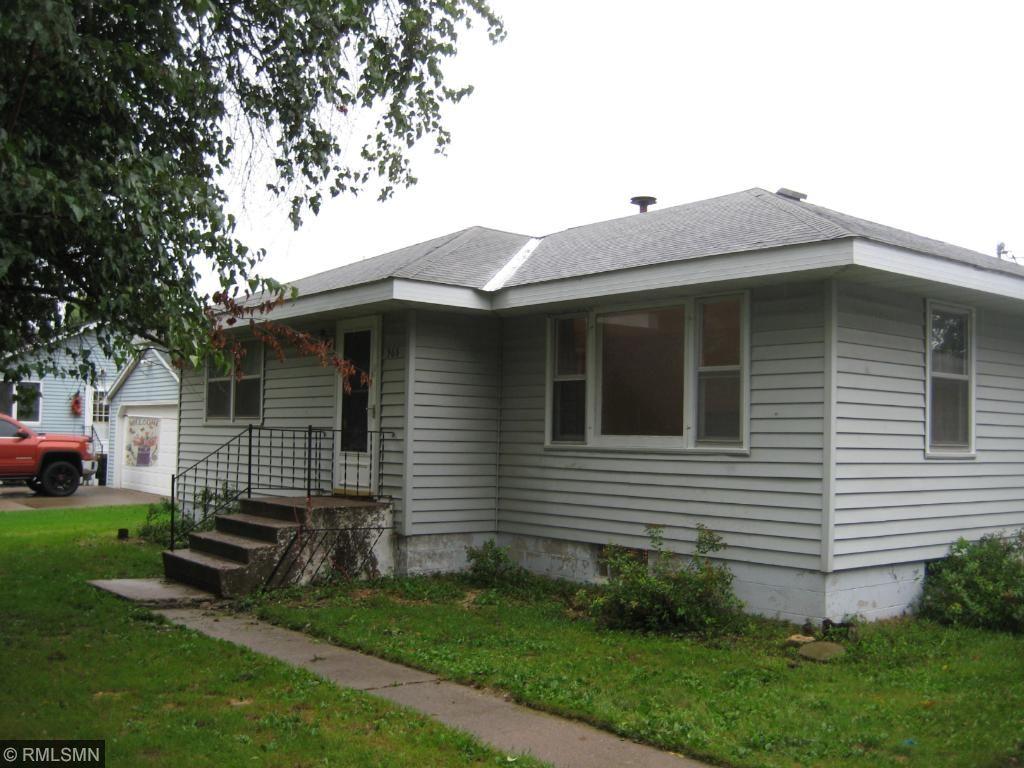 968 Monroe St, Prescott, WI 54021