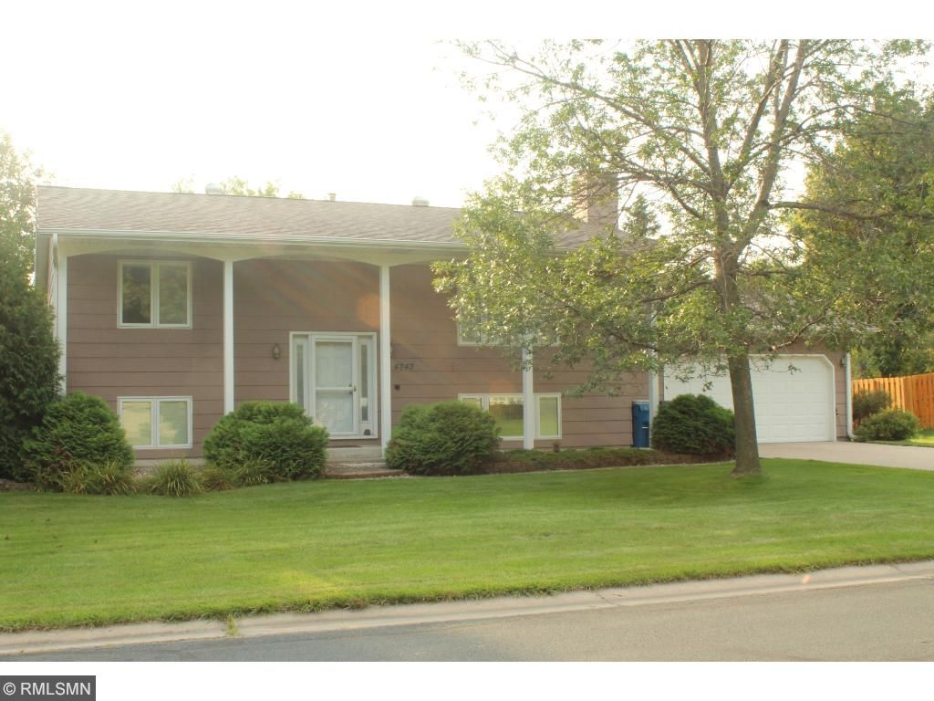 Photo of 4243 Elizabeth Lane  Vadnais Heights  MN