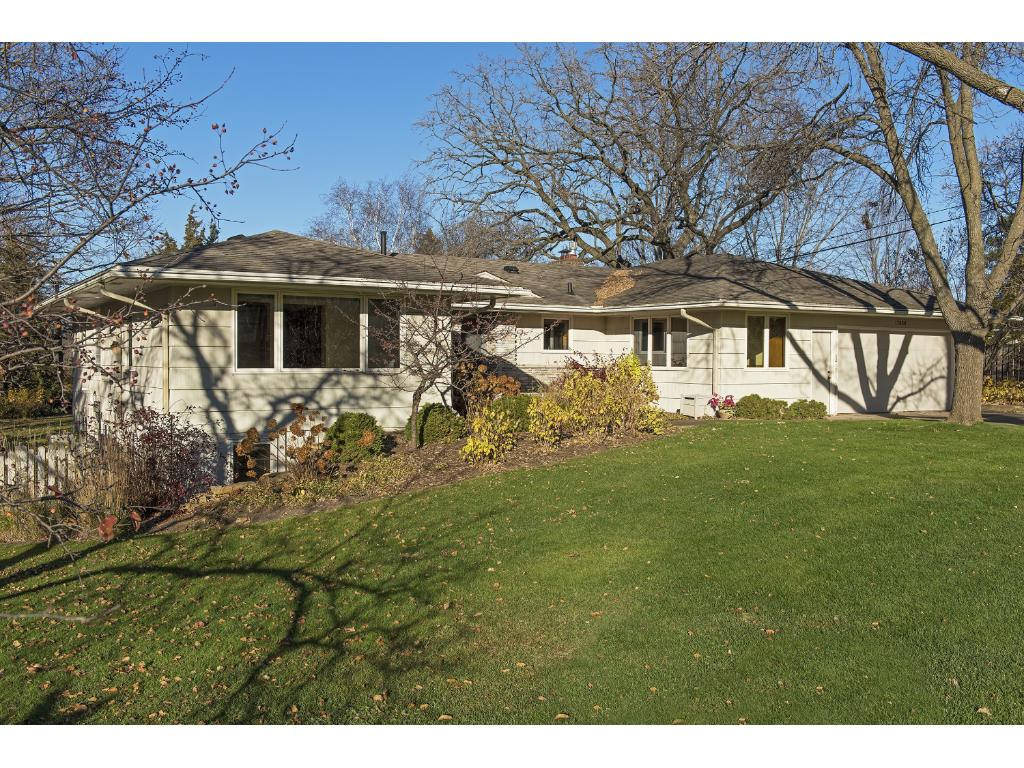 Photo of 17850 Highland Avenue  Deephaven  MN