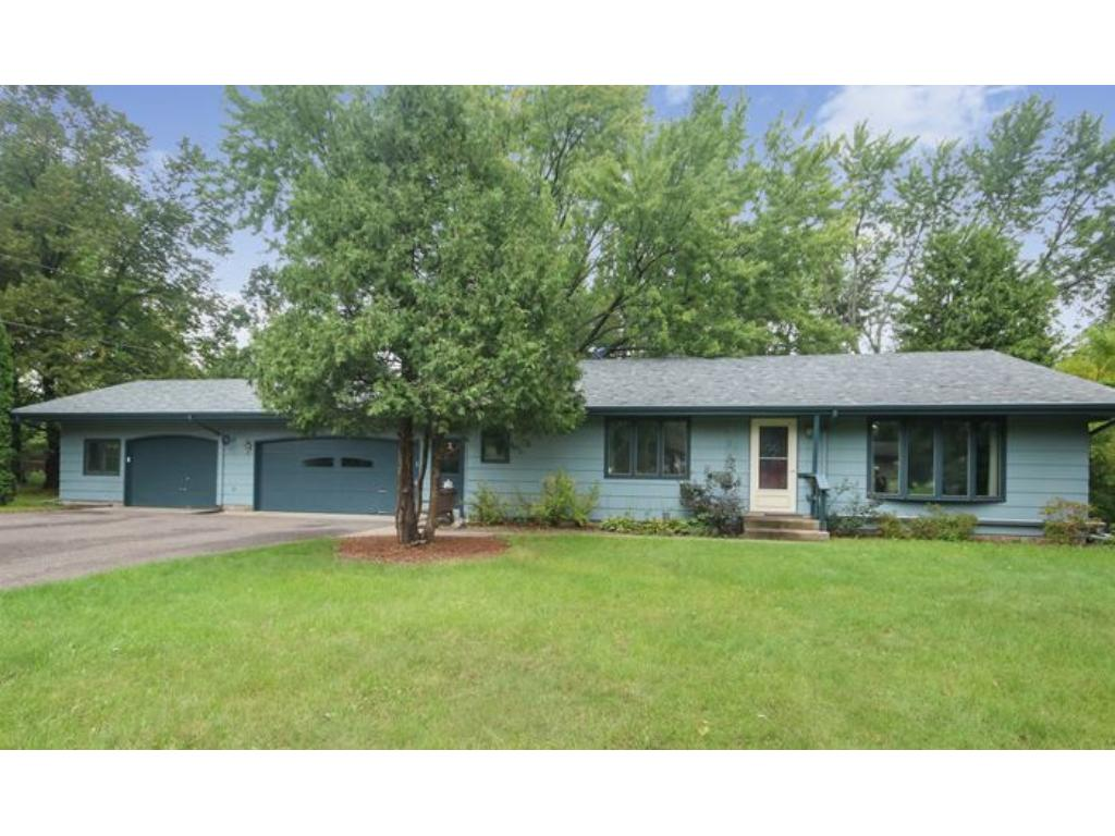 715 Tanglewood Dr, Shoreview, MN 55126