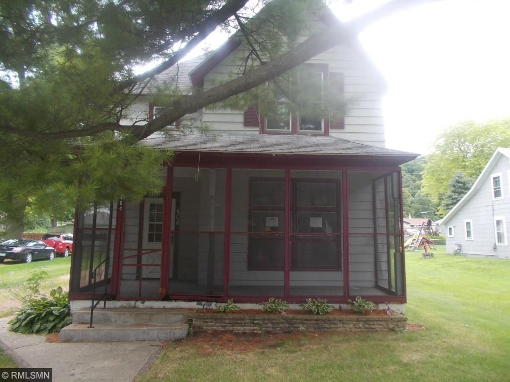 Photo of 404 N 6th Street  Henderson  MN