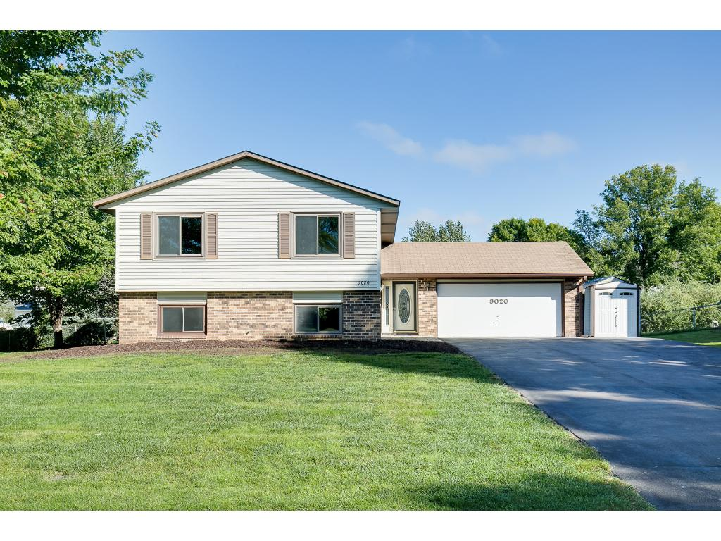 9020 79th St S, Cottage Grove, MN 55016