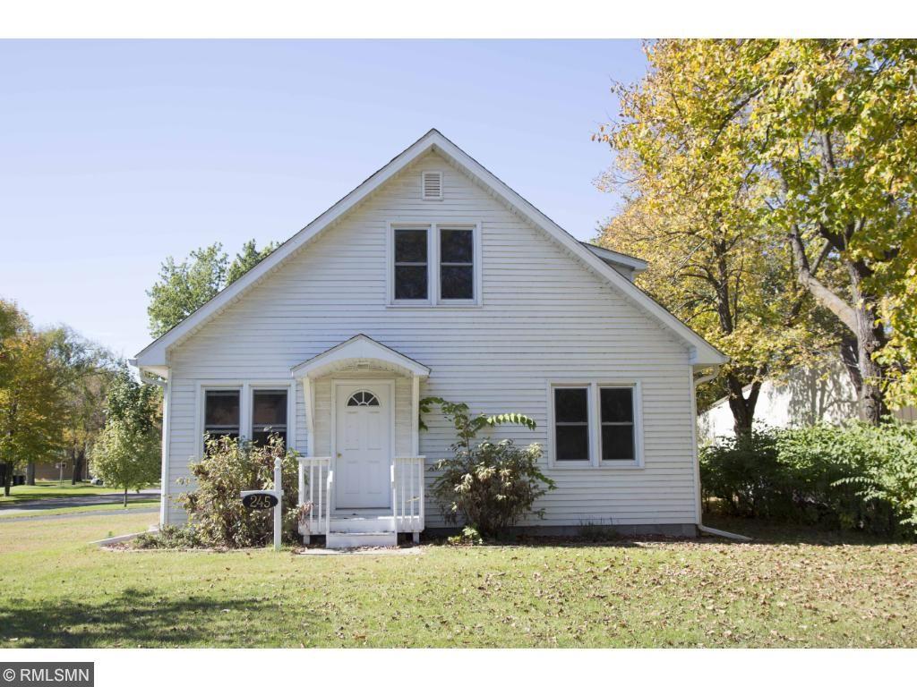 245 Grant Ave SW, Richmond, MN 56368