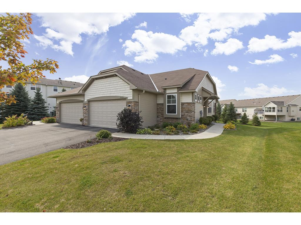 Photo of 10775 Kingsfield Lane  Woodbury  MN