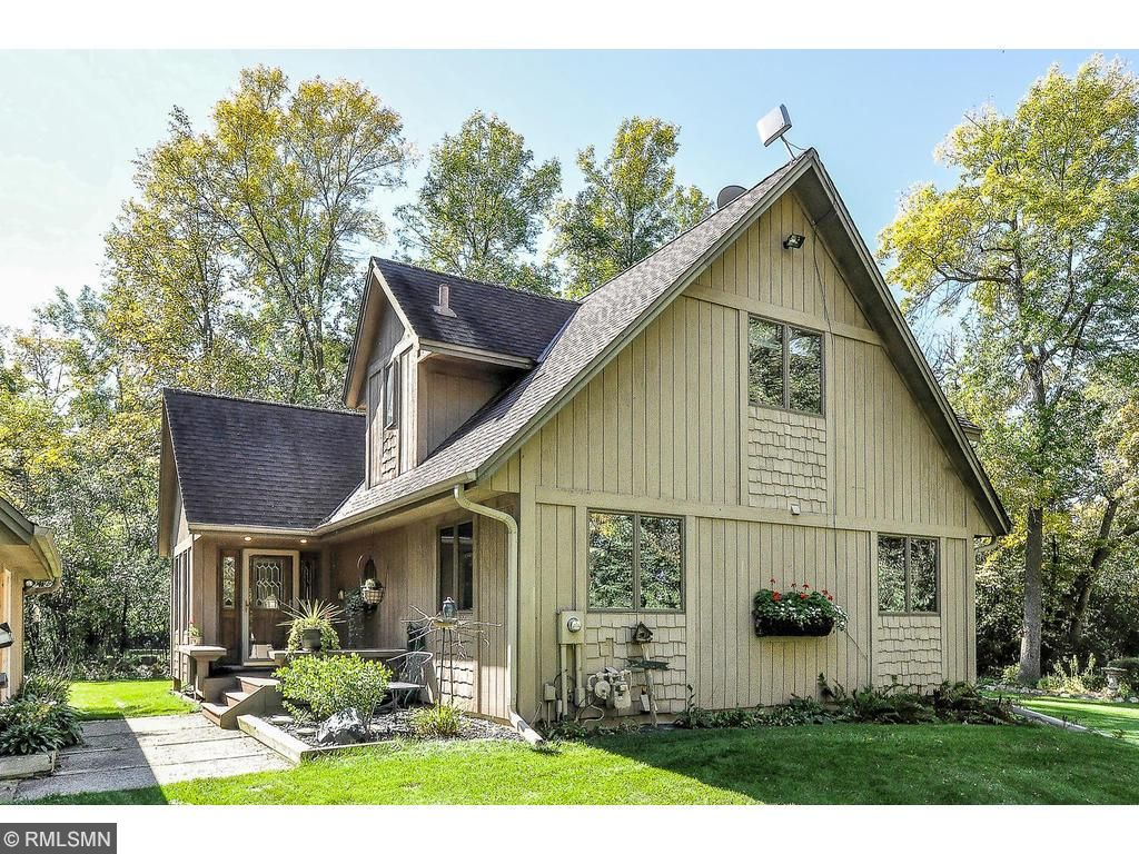75 Pleasant Ave, Excelsior, MN 55331