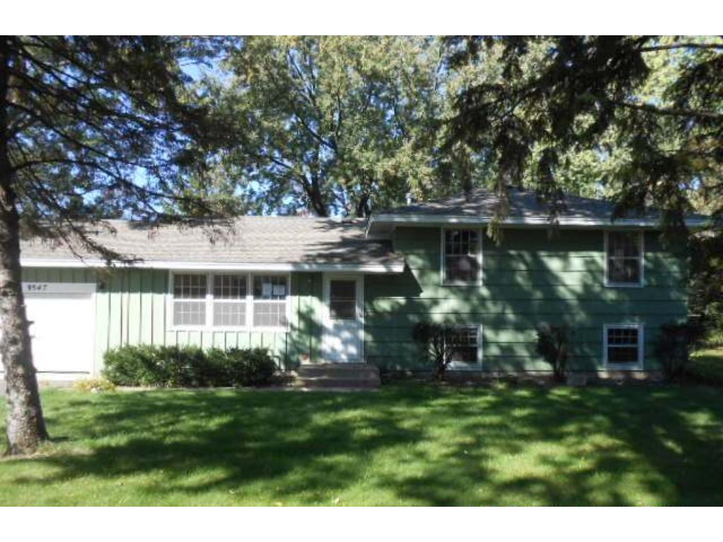 Photo of 9547 Oliver Avenue N  Brooklyn Park  MN