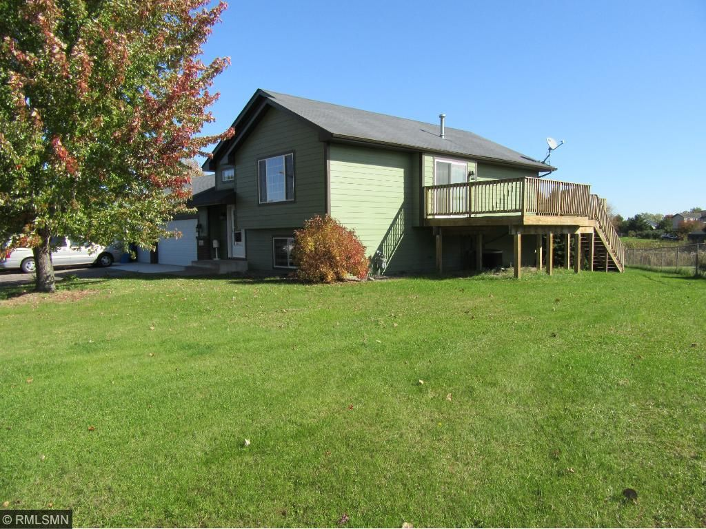 Photo of 38325 Coventry Drive  North Branch  MN