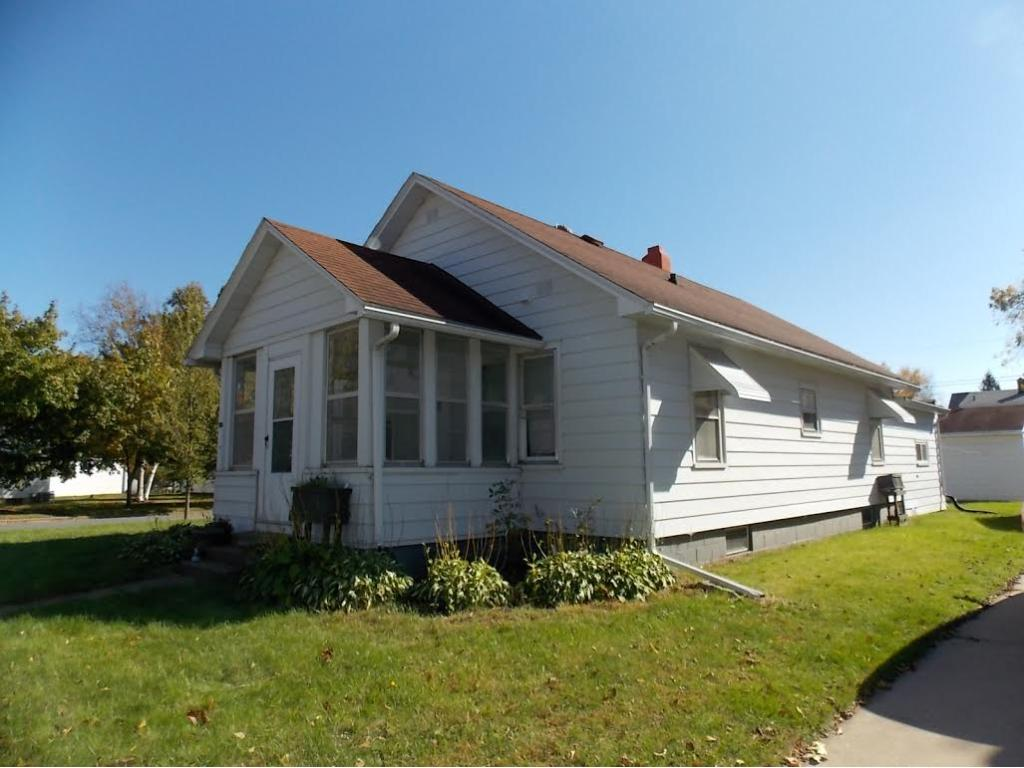 Photo of 705 Marshall Street  Eau Claire  WI