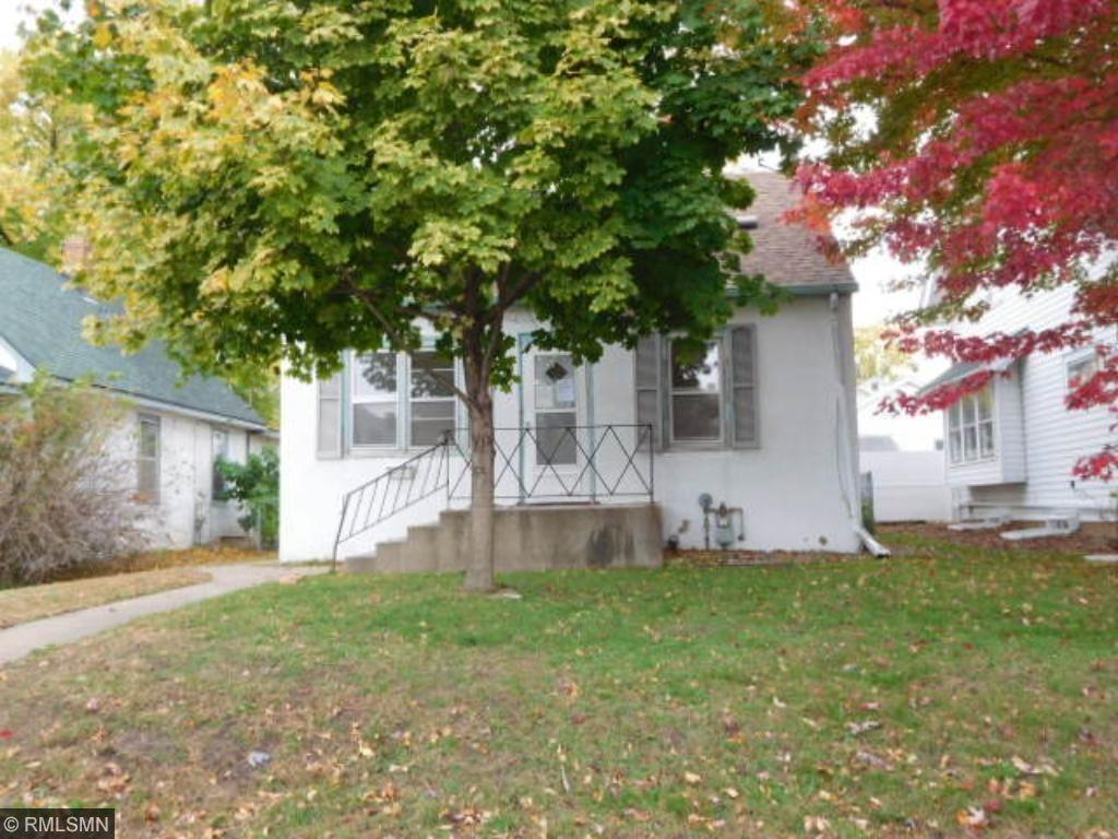 112 14th Ave S, South Saint Paul, MN 55075