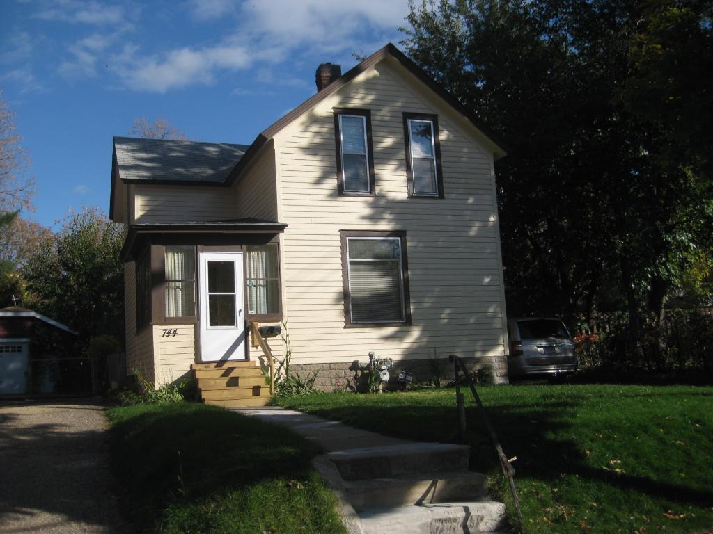 Photo of 744 Fairview Avenue N  Saint Paul  MN