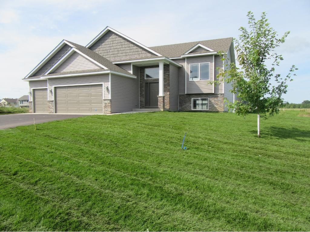 Photo of 12155 317th Lane  Lindstrom  MN