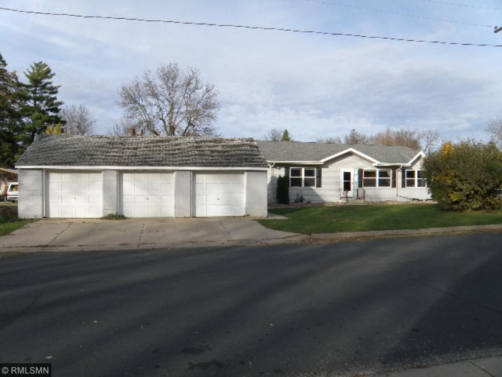 Photo of 414 2nd Avenue SE  Pine Island  MN